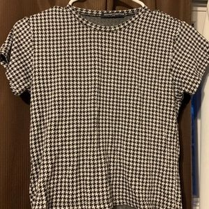 Small Brandy Melville Patterned Top